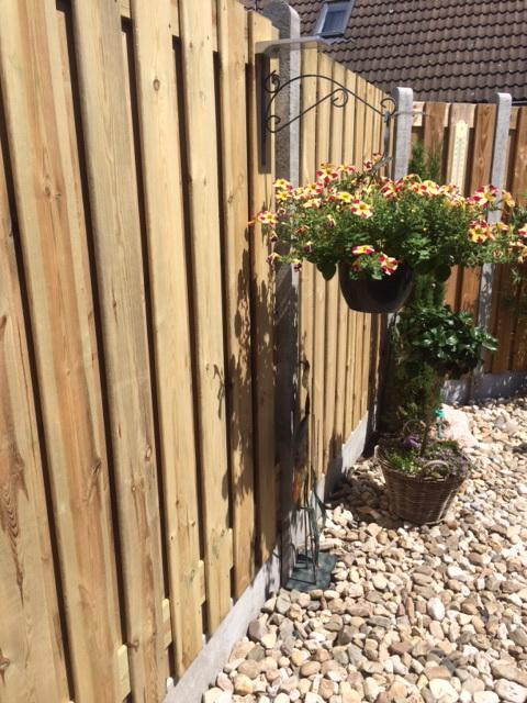 Wood concrete fences